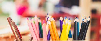 Pot de crayons de couleur